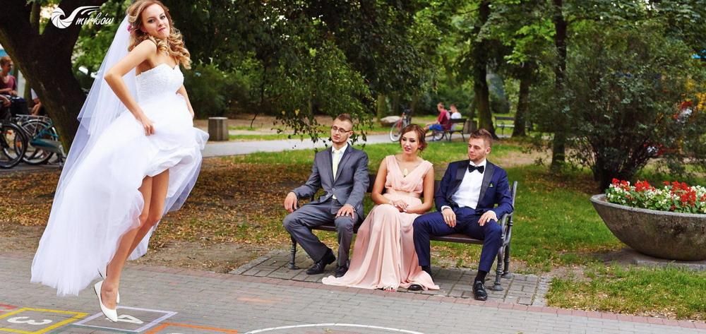 Plener ślubny videomirków w parku