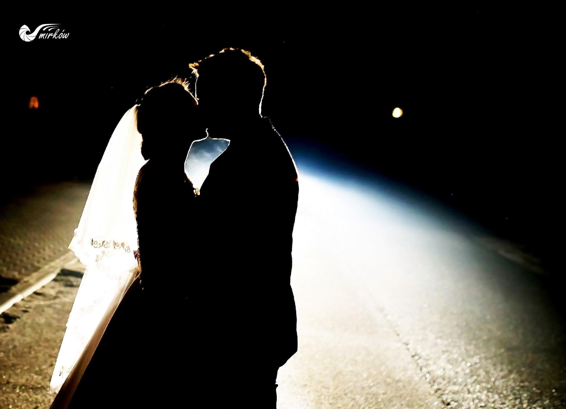 Plener ślubny videomirków nocne zdjęcia