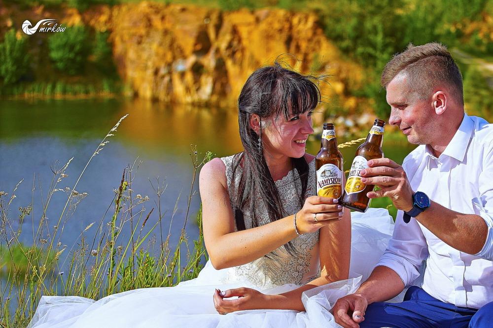 Plener ślubny videomirków nad woda piwo Namysłów