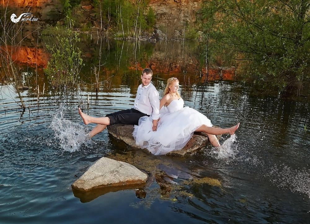 Plener ślubny videomirków nad wodą